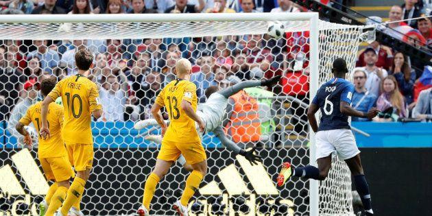 Coupe du monde 2018: le but de Pogba était en fait celui d'Aziz Behich qui a marqué contre son