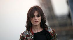 Charlotte Gainsbourg raille les obsèques nationales de Johnny