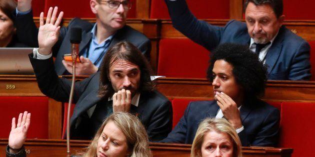 Des députés de La République en Marche (en partant du premier rang en bas à gauche): Nadia Hai, Barbara...