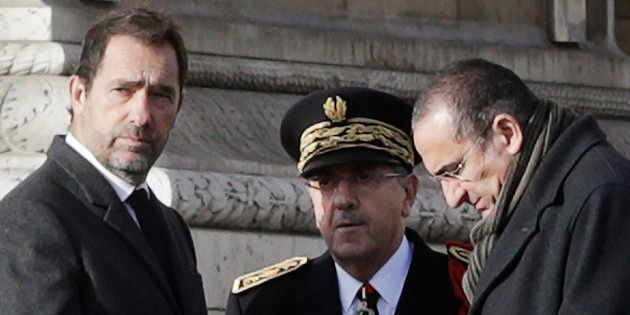 Castaner (à gauche) et Nuñez (à droite) auditionnés à l'Assemblée après les violences à Paris (photo...