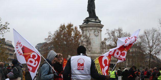 Une manifestation de la CGT à Paris le 1er décembre