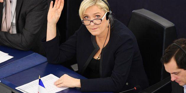 Marine Le Pen devra bien rembourser 300.000 euros au Parlement