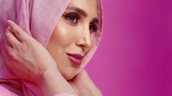 Amena Khan, la mannequin voilée choisie par L'Oréal pour une pub de