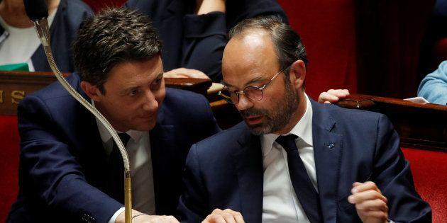 Après qu'Édouard Philippe a annoncé un moratoire sur la hausse de la taxe carbone, Benjamin Griveaux...