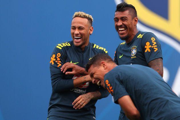 Neymar a déjà changé de coupe de cheveux et ça soulage le