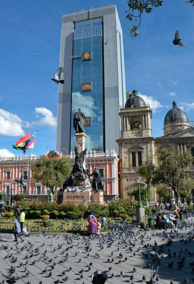 En Bolivie, le nouveau palais présidentiel, une tour de 120 mètres, fait