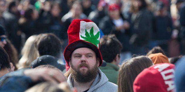 Le Canada devient le premier pays du G7 à autoriser la consommation récréative de