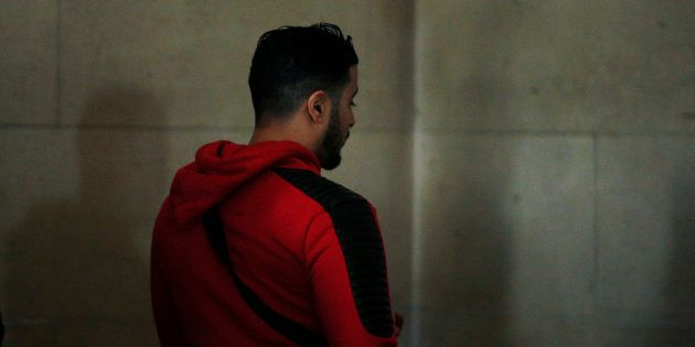 Jawad Bendaoud, ici au tribunal de Paris le 22 novembre, fait l'objet d'une plainte de la part d'une...
