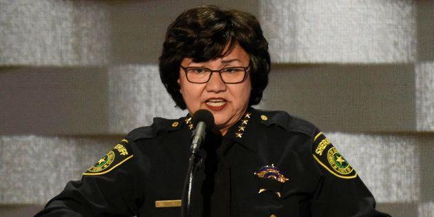 Lupe Valdez, la latina démocrate lesbienne qui veut gouverner le