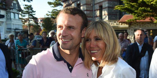 Le président Emmanuel Macron et son épouse Brigitte lors d'un week-end au