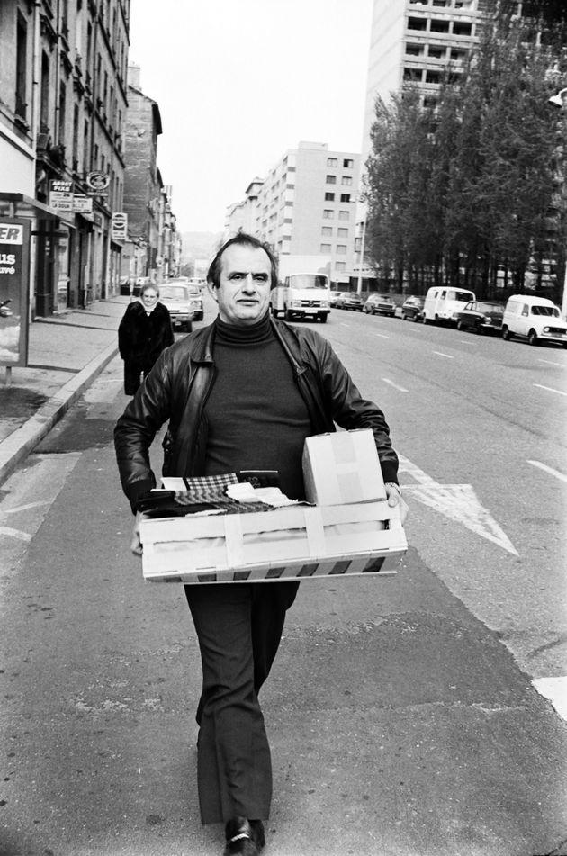 Paul Bocuse fait ses courses à Lyon le 29 mars