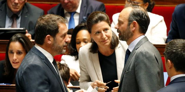 Le premier ministre Edouard Philippe avec la ministre de la Santé Agnès Buzyn et le secrétaire d'Etat...