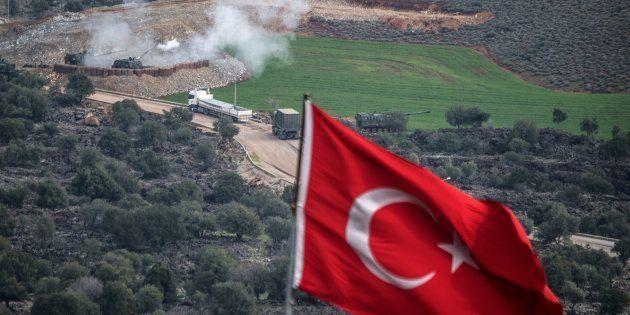 La France réclame la fin de l'offensive turque contre les Kurdes en Syrie et une réunion urgente à