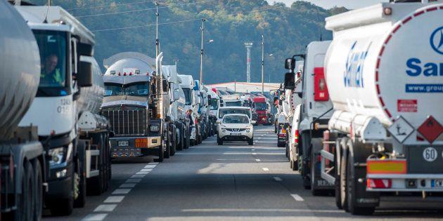 La CGT et FO lèvent leur appel à la grève du transport routier (photo d'illustration prise lors d'un...