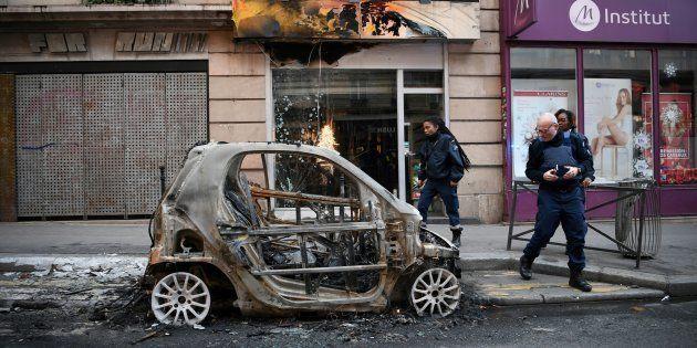L'acte IV de la mobilisation des gilets a provoqué des dégâts dans plus de quartiers de Paris, comme...