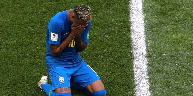 Brésil - Costa Rica à la Coupe du Monde 2018: la simulation grotesque et les larmes de Neymar en