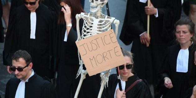 Des avocats manifestent à Strasbourg en avril
