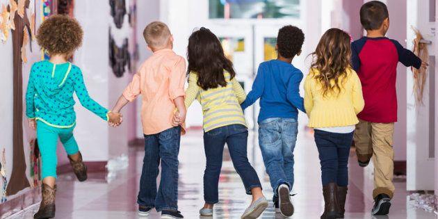 Voici quelques astuces concrètes visant à encourager l'empathie chez les enfants.
