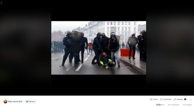 Les images de violences policières font le tour des groupes gilets
