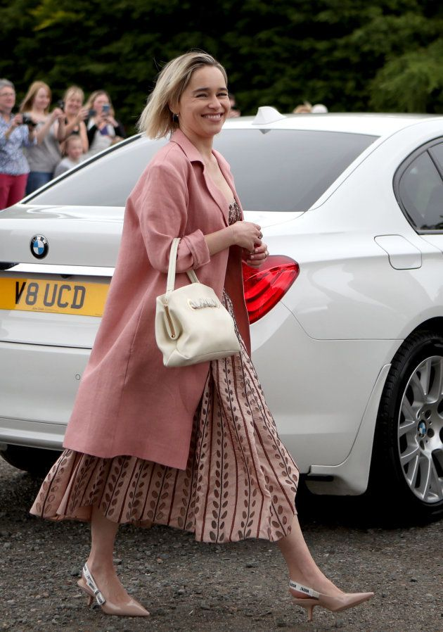 Emilia Clarke au mariage de Kit Harington et Rose