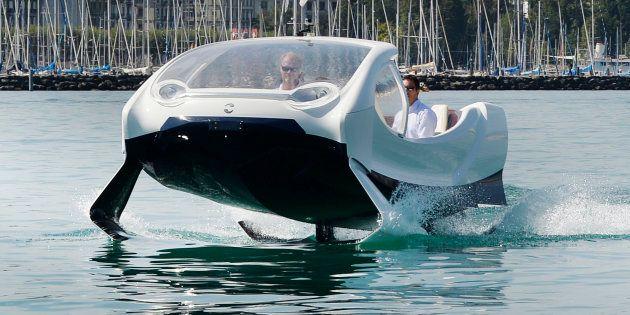"""SeaBubbles, la bulle écolo qui """"vole"""" sur"""
