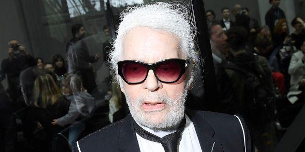 Les conseils d'une barbière à Karl Lagerfeld pour entretenir sa barbe. (Karl Lagerfeld, 20 janvier 2018)