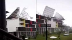 Il n'a fallu que vingt minutes au vent pour arracher le toit de cette résidence en