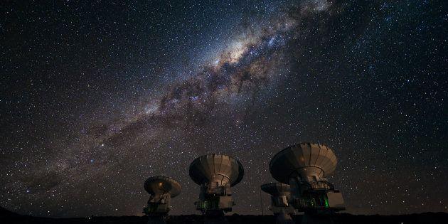 Pourquoi il est très probable que nous soyons les seuls êtres intelligents de la galaxie (photo: télescopes...