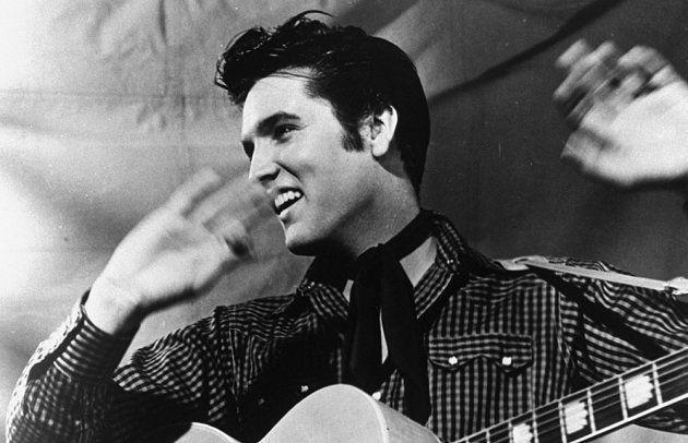 L'artiste Elvis Presley en 1977.