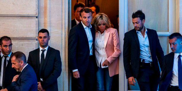 Ce qu'il faut penser du train de vie d'Emmanuel Macron après l'affaire de la vaisselle et de la piscine...