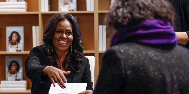 Michelle Obama dédicace son
