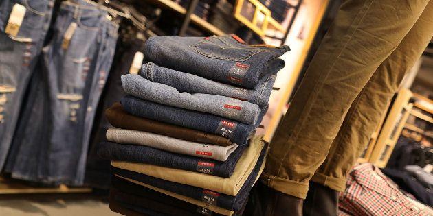 Soldes: le prix du jean Levi's va-t-il flamber à cause de la hausse des taxes sur les produits