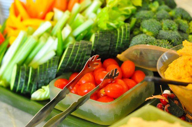Les meilleurs et les pires aliments en cas de forte chaleur (les glaces ne comptent