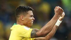 Le Brésil se qualifie pour les huitièmes de finale en battant la