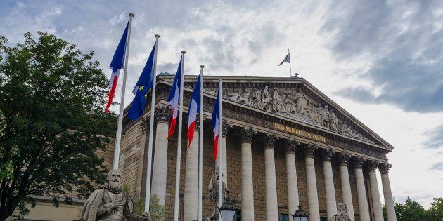 François de Rugy veut faire flotter le drapeau arc-en-ciel sur l'Assemblée