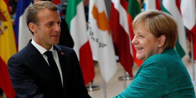 Migrants: L'UE parvient finalement à un accord, Macron