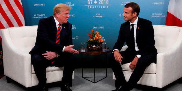 Emmanuel Macron et Donald Trump lors de leur rencontre au Canada pour la réunion du