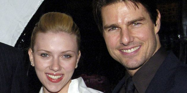 Scarlett Johansson et Tom Cruise lors d'un gala de charité à Los