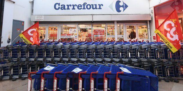 Le gouvernement ne doit pas nous laisser démunis face au plan social de Carrefour qui va appauvrir nos