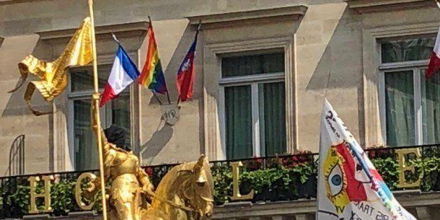 Des militants interpellés pour avoir cagoulé la statue de Jeanne d'Arc pendant la Pride, la marche