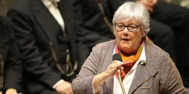 Jacqueline Gourault, Madame Corse du gouvernement, gaffe en parlant