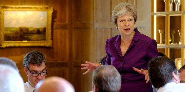 Theresa May propose à l'UE