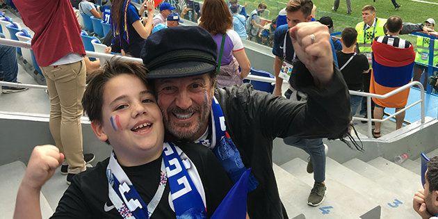 Francis Lalanne et son fils lors de