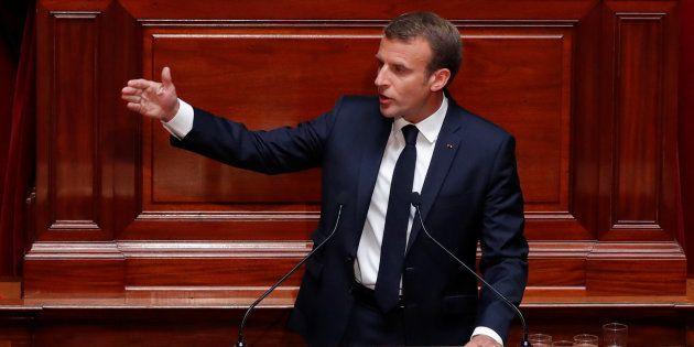 Le tacle appuyé de Macron sur la taxe à 75% de