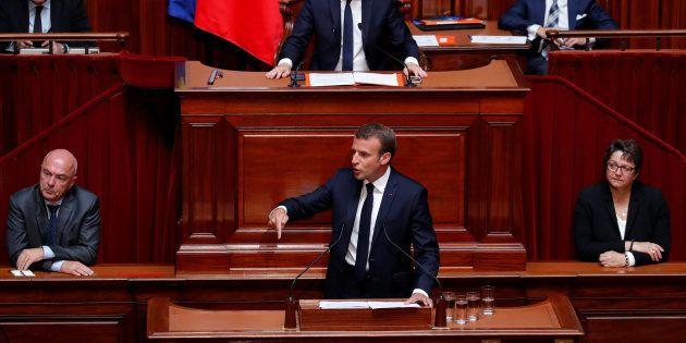 Au Congrès à Versailles, Emmanuel Macron promet