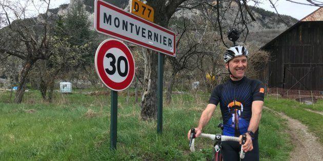 L'ancien maillot jaune Charly Mottet a filmé la descente de la route sinueuse de Montvernier à