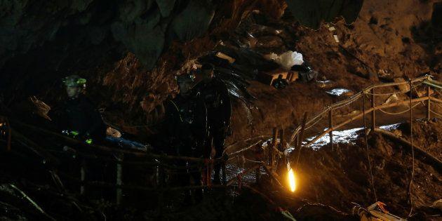 Grotte en Thaïlande: tous les enfants et leur entraîneur prisonniers de la grotte ont été