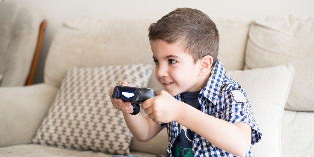 Les 4 moyens utilisés par les fabricants de jeux vidéo pour rendre nos enfants