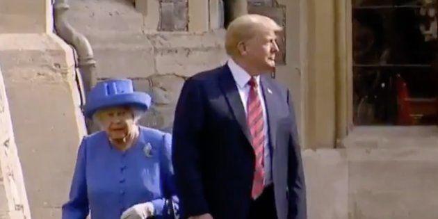 Face à Elizabeth II, Trump n'a pas manqué à l'étiquette. Mais il a tout de même offert une étrange