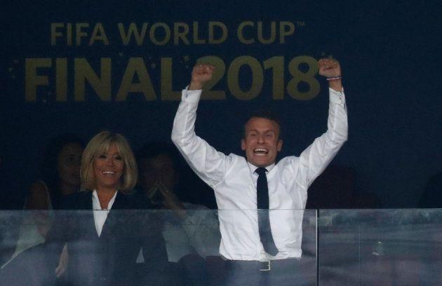 France-Croatie: l'émir du Qatar a cédé sa place à Brigitte Macron pour qu'elle soit à côté de son